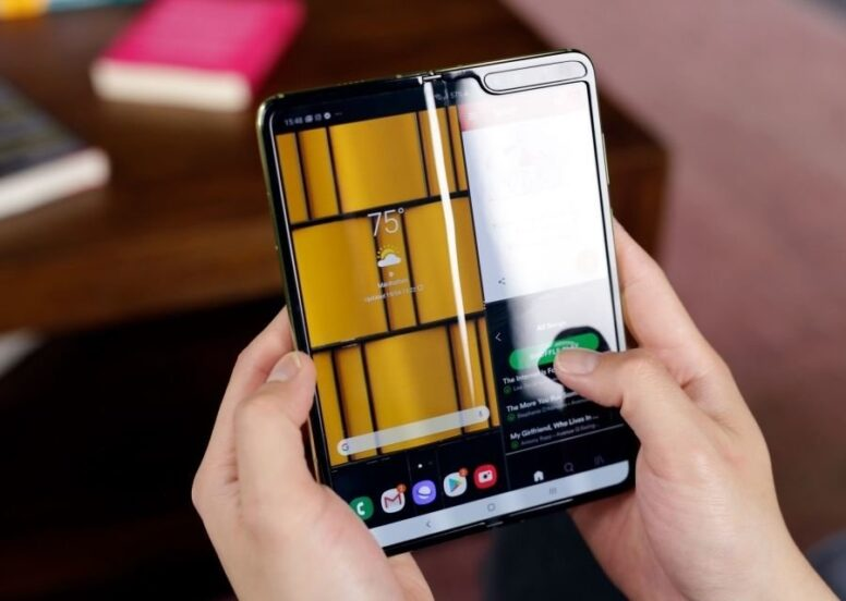 Companies distanced themselves from foldable phone hype at IFA.