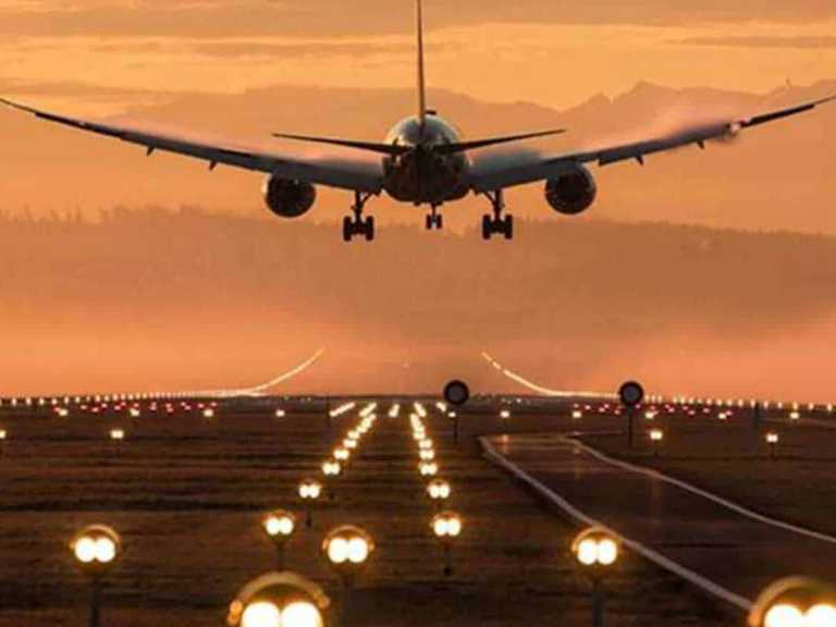 Bahrain opens airspace to all UAE flights