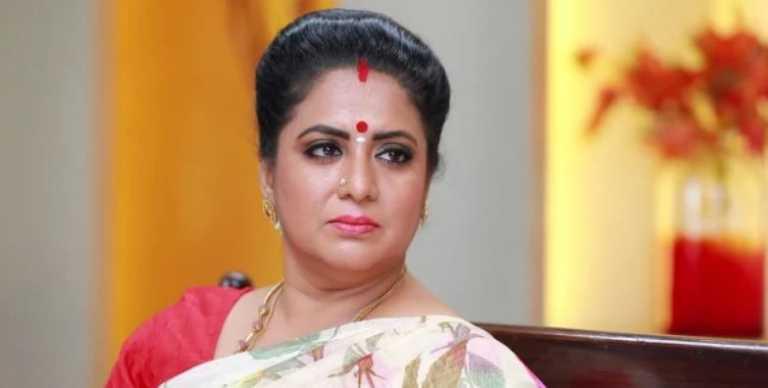 Bharathi Kannamma 1st December 2020 Written Episode Update: Twist