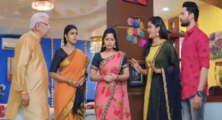 Written Episode Intinti Gruhalakshmi 23rd April 2021