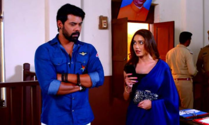 Written Episode Kumkum Bhagya 10th May 2021