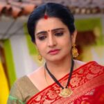 Written Episode Vadinamma 14th May 2021